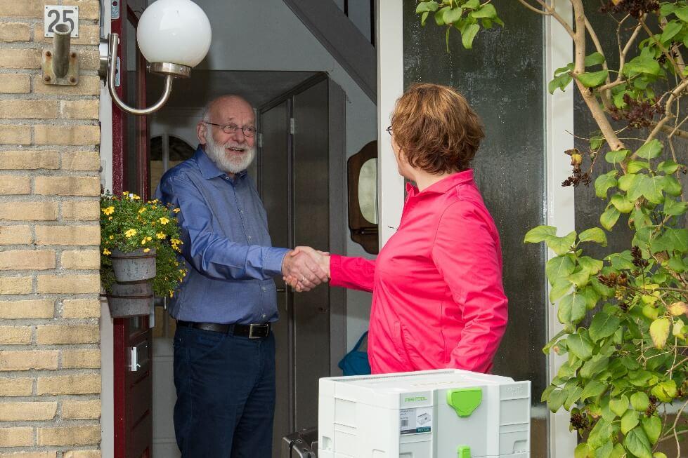 Mondhygienist te Plak blog Mobiele mondhygienist bezoekt senioren